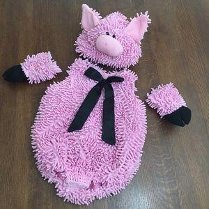 Squiggly Piggy Costume